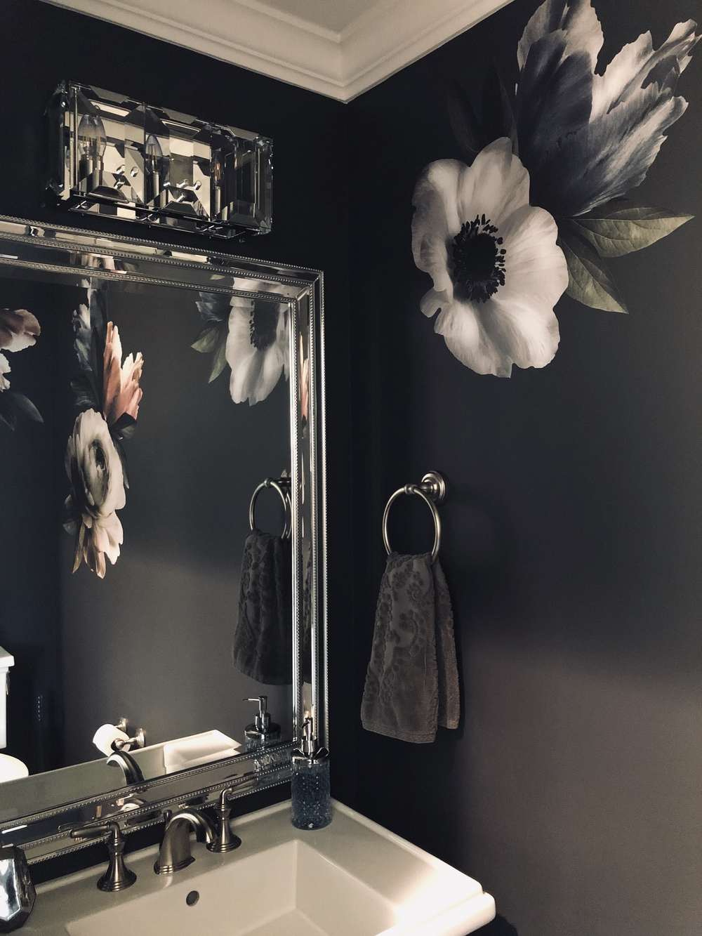 Small Powder Room Idea Glam Moody and Floral1